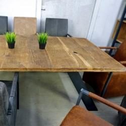 Stół dębowo-metalowy 181